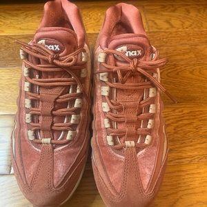 Nike Air Max 95 Dusty Peach